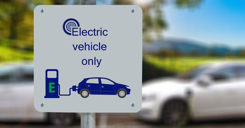 Praha má k dispozici nové elektromobily. K čemu budou sloužit?